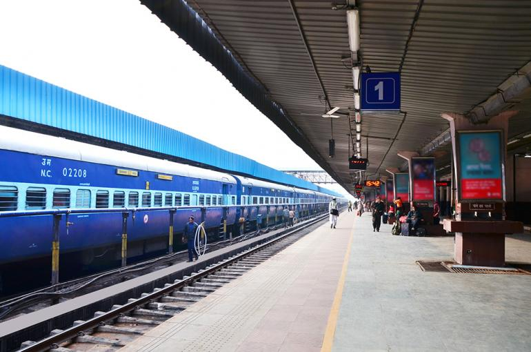 ABB to install solar inverters at 750 railway stations in India